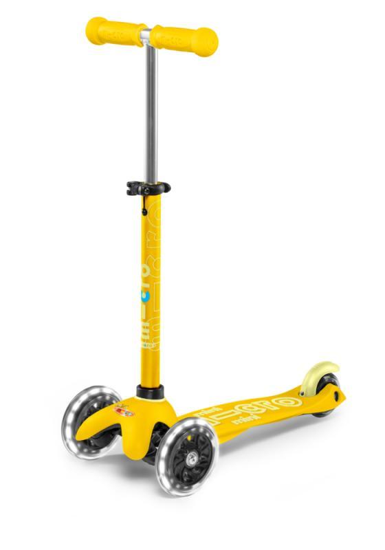 MINI-MICRO DELUXE AMARILLO LED - Deluxe Amarillo con ruedas de LED