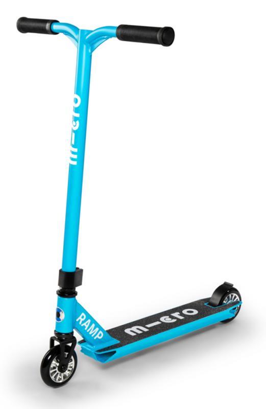 MX Ramp Azul - Perfecto para hacer sus primeros trucos.