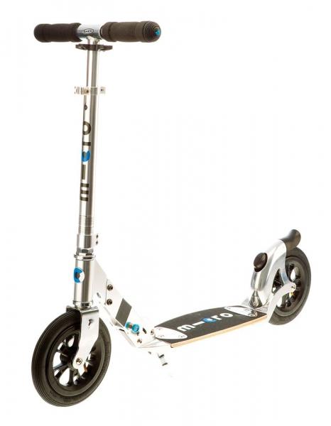 Micro Flex Air 200 mm - No hay nada más cómodo: ruedas neumáticas de 200 mm para un paseo seguro y sin problemas. Hecho para la ciudad, perfecto en asfalto y calles bacheadas. Su plataforma flexible, está hecha de fibra de vidrio y madera.